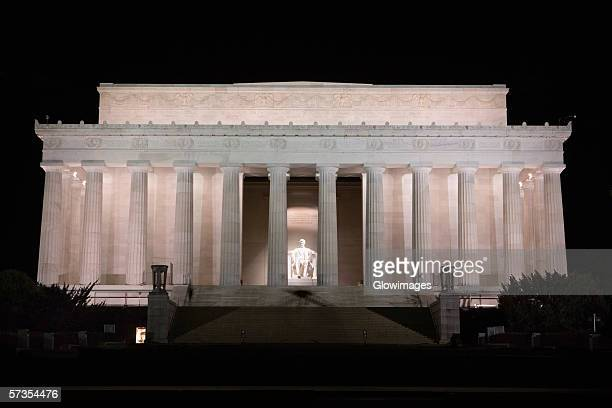 Facade of a memorial building, Lincoln Memorial, Washington DC, USA
