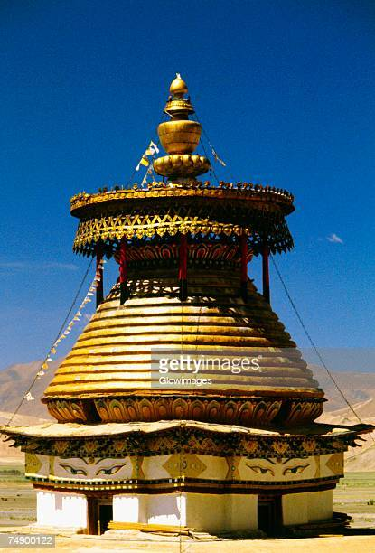 facade of a monastery, palkhor chode monastery, gyantse, tibet, china - chode picture stock photos and pictures