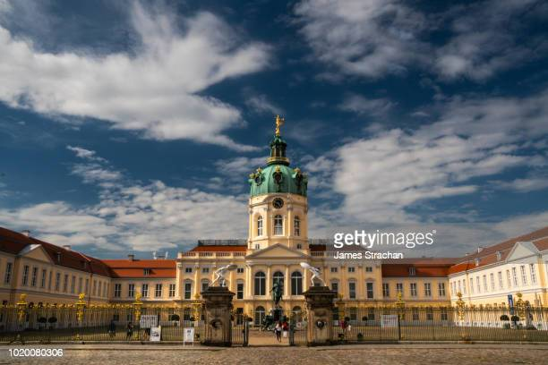 facade of baroque schloss charlottenburg, designed originally as a summer residence in 1695 and used subsequently by the prussian kings, berlin, germany - as stock pictures, royalty-free photos & images