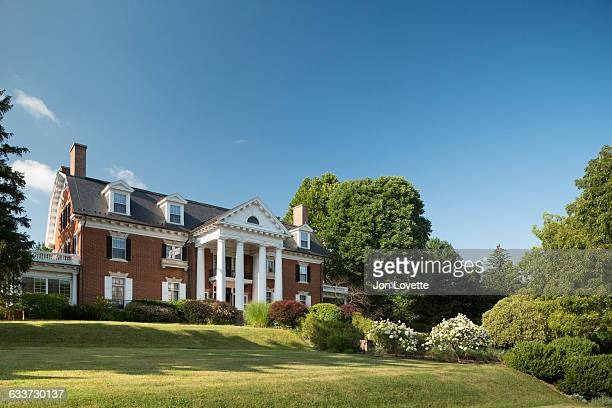facade of grand mansion - stately home stock pictures, royalty-free photos & images