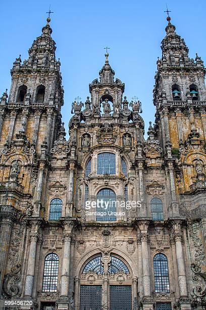 facade of santiago de compostela cathedral - cattedrale di san giacomo a santiago di compostela foto e immagini stock