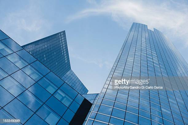 facade of skyscrapers, low angle view - skyscraper stock pictures, royalty-free photos & images