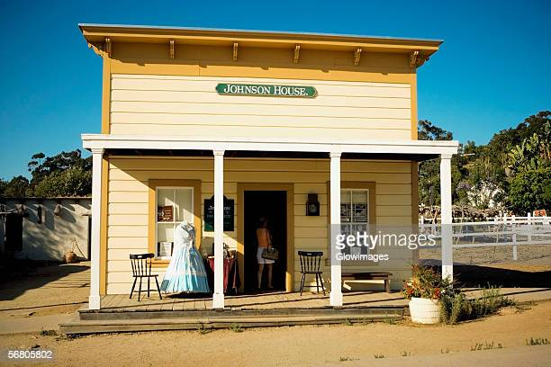 facade of the johnson house in old town san diego, san diego, california, usa - old town san diego stock pictures, royalty-free photos & images