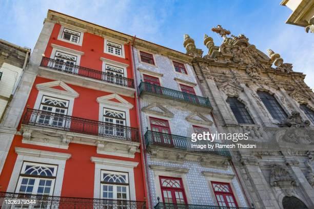 facades of the rua das flores, porto (ii) - rua stock pictures, royalty-free photos & images