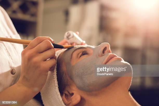 máscara facial - casca de fruta - fotografias e filmes do acervo