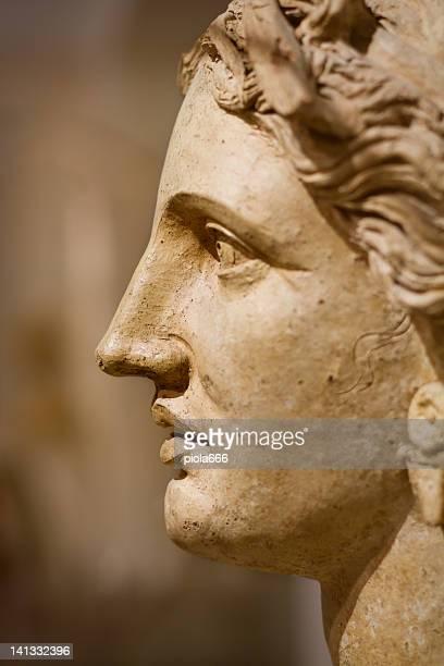 Volto di una donna romana antica
