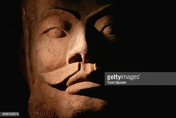 face of a soldier figure from the army of qin shi-huang-di - gipstein stock pictures, royalty-free photos & images