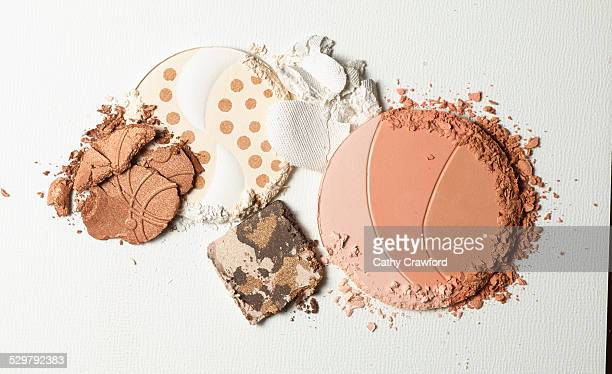 face powder compacts crumbled