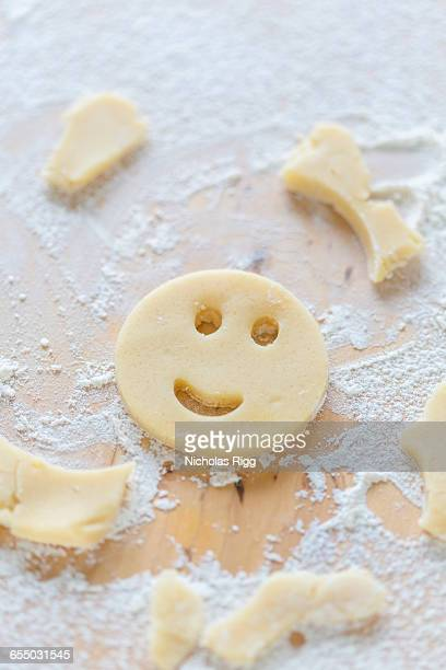 Face shaped biscuit