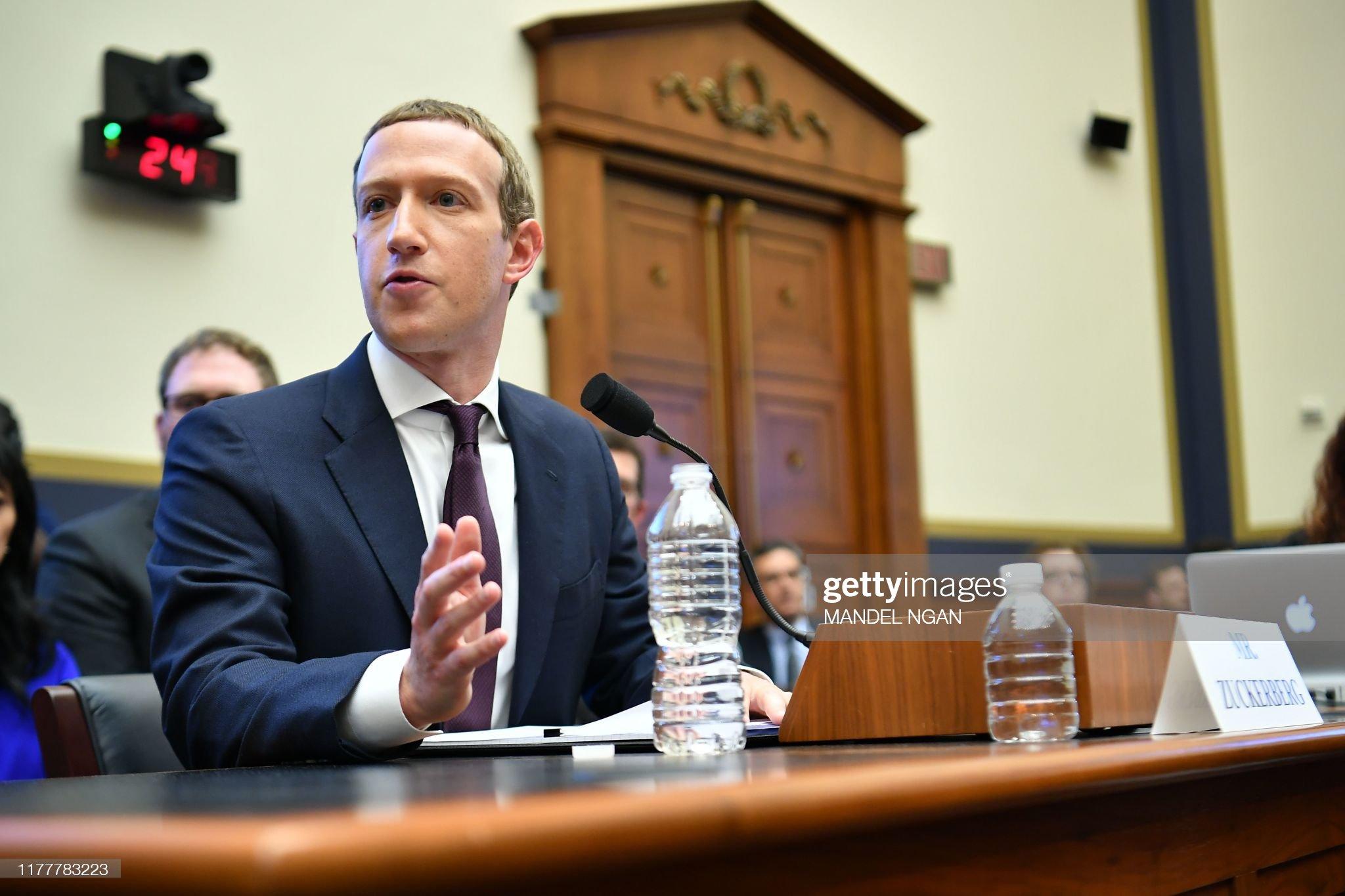 US-POLITICS-FACEBOOK-ZUCKERBERG : News Photo