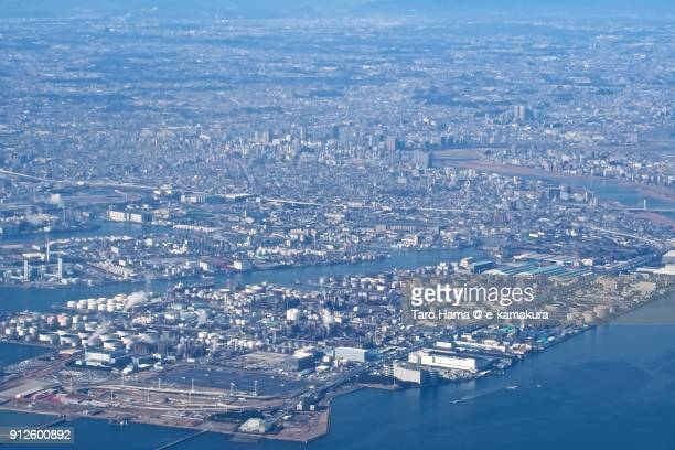 factory and office area in kawasaki city in kanagawa prefecture in japan daytime aerial view from airplane - 川崎市 ストックフォトと画像