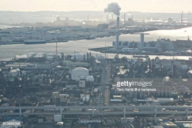 factory area in kawasaki city in kanagawa prefecture in japan daytime aerial view from airplane - 川崎市 ストックフォトと画像