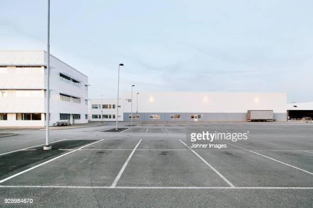 factory parking - car park stock pictures, royalty-free photos & images