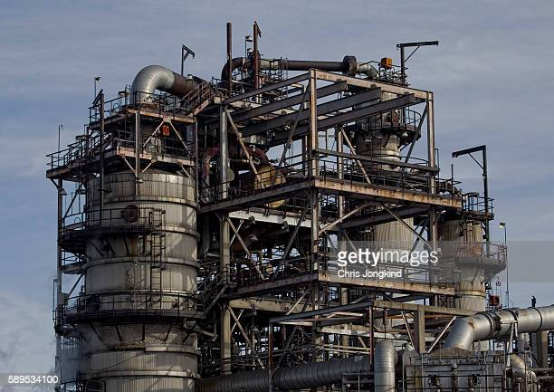 factory pipes - gas refinery stock photos and pictures