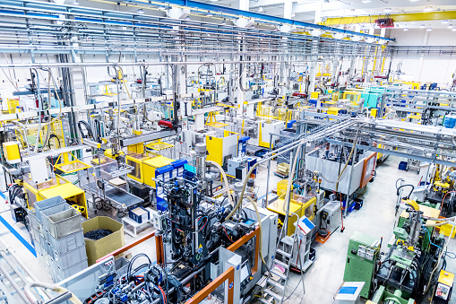 Factory with automated machines and robots - gettyimageskorea