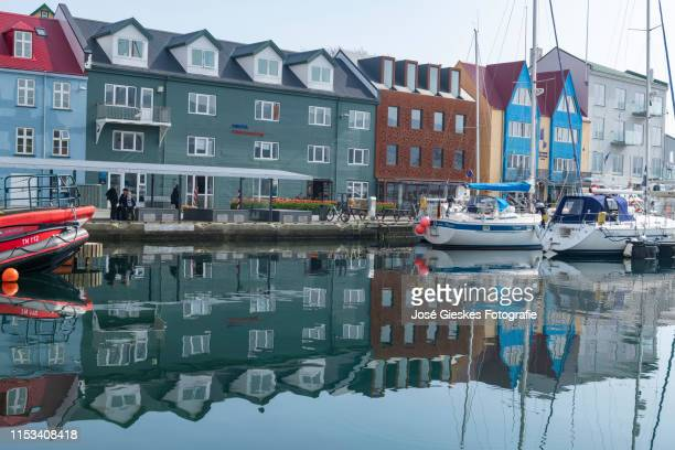faeroe islands: torshavn - torshavn stock pictures, royalty-free photos & images