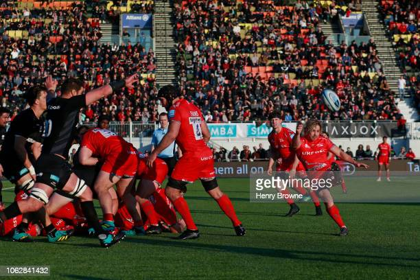 Faf de Klerk of Sale clears the ball during the Gallagher Premiership Rugby match between Saracens and Sale Sharks at Allianz Park on November 17...