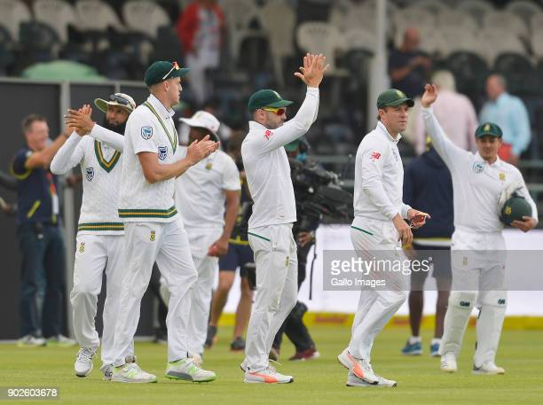 Faf du Plessis of South Africa and team celebrate after winning the 1st Sunfoil Test match between South Africa and India at PPC Newlands on January...