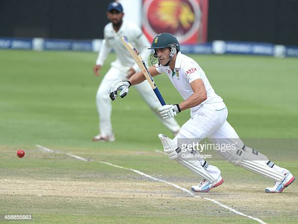 Faf du Plessis of South Africa sets off for a run during day 5 of the 1st Test match between South Africa and India at Bidvest Wanderers Stadium on...