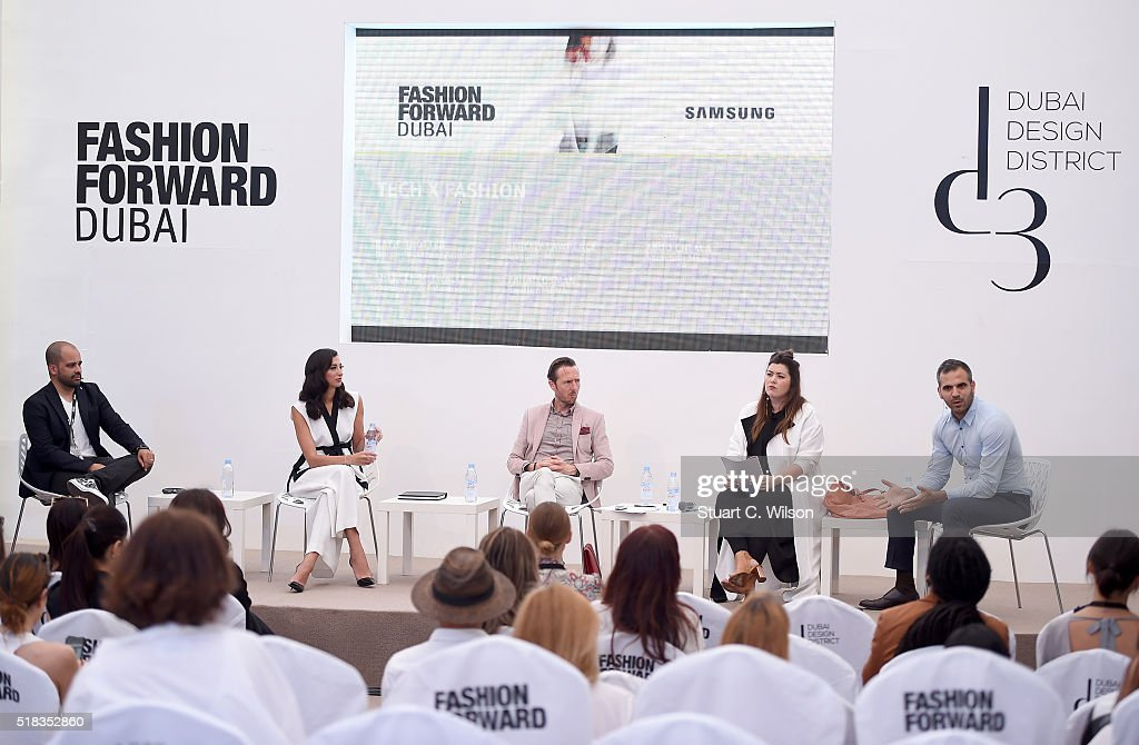 Day 1 - Dubai FFWD Fall/Winter 2016 : News Photo