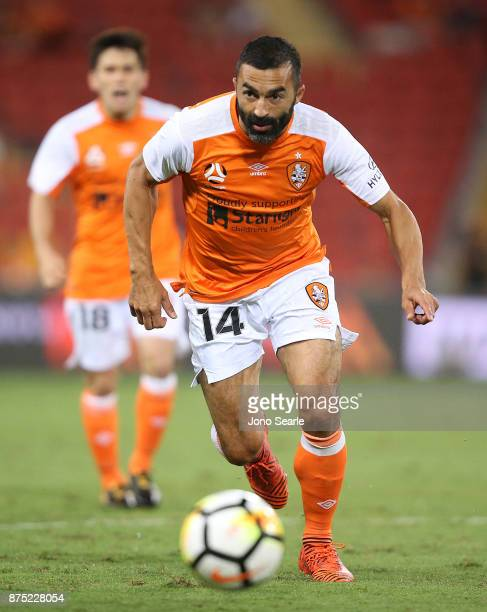 Fahid Ben Khalfallah of Brisbane Roar runs with the ball during the round seven ALeague match between Brisbane Roar and Melbourne City at Suncorp...