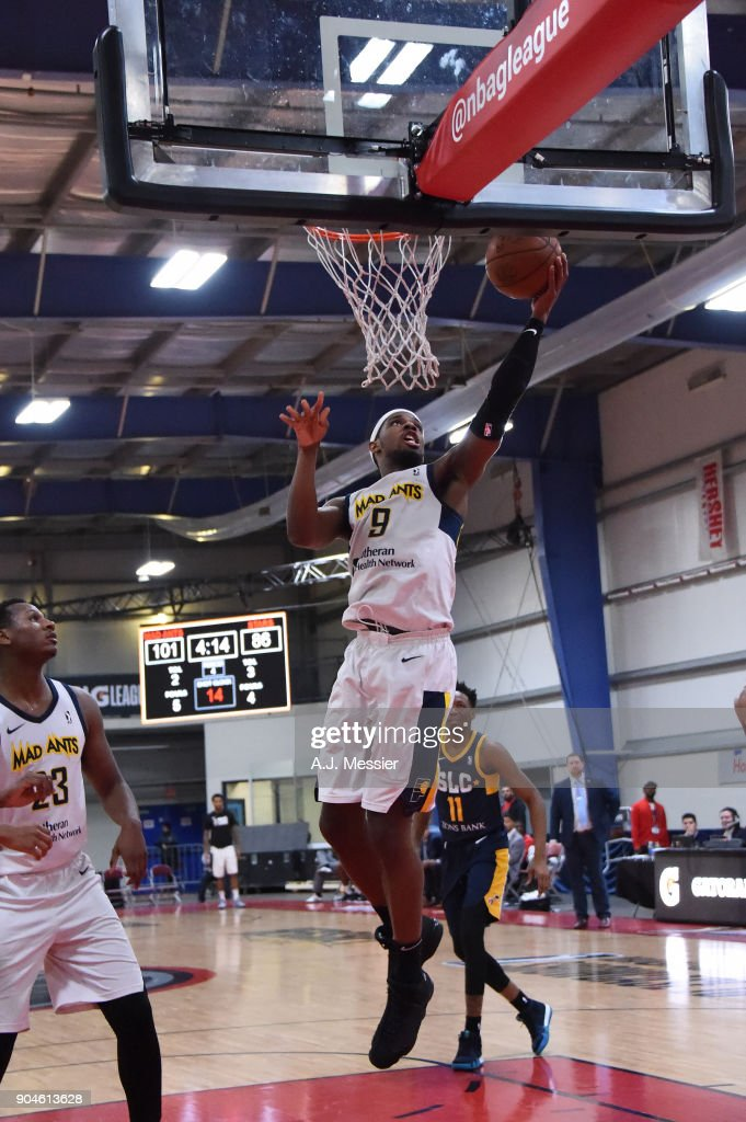 CJ Fair #9 of the Fort Wayne Mad Ants drives to the basket during the NBA G-League Showcase Game 23 between the Salt Lake City Stars and the Fort Wayne Mad Ants on January 13, 2018 at the Mississauga SportZone in Mississauga, Ontario Canada.