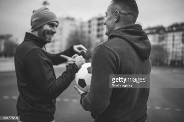 fair play handshake after game - fair play sport foto e immagini stock