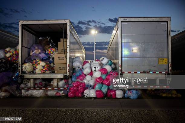 Fair prizes sit on the ground between trucks during the Iowa State Fair in Des Moines Iowa US on Thursday Aug 8 2019 The 2020 Democratic field is...