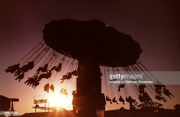 fair swings at sunset - columbia south carolina stock pictures, royalty-free photos & images