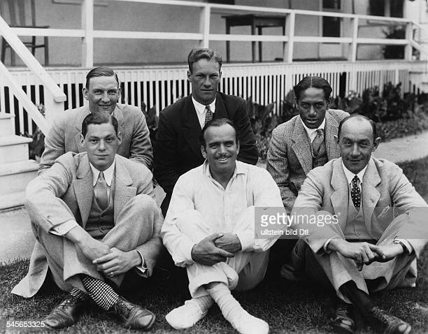 Fairbanks, Douglas, Sr. - Actor, director, screenwriter, producer, USA - *23.05.1883-+ from left to right, front row: Johnny Weismüller, Douglas...