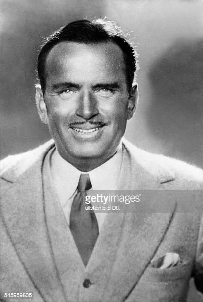 Fairbanks, Douglas, Sr. - Actor, director, screenwriter, producer, USA - *23.05.1883-+ portrait - published: 'Tempo' - 1932 Vintage property of...