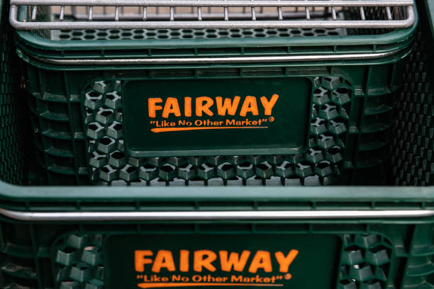 NY: FairwayReturns to Bankruptcy, Aims to Sell Manhattan Stores