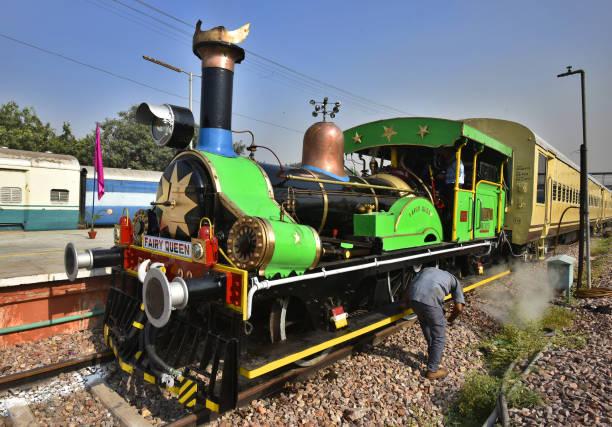 Photos et images de World's Oldest Steam Locomotive Fairy