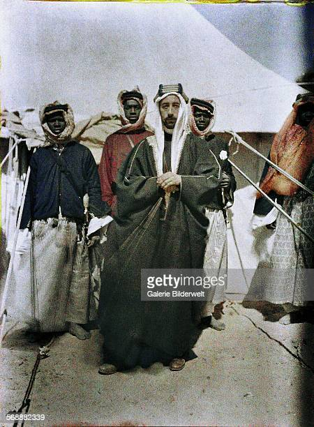 Faisal bin Hussein bin Ali alHashemi was a descendant of the prophet Muhammad 1917 He sided with the British army and organized the Arab revolt...