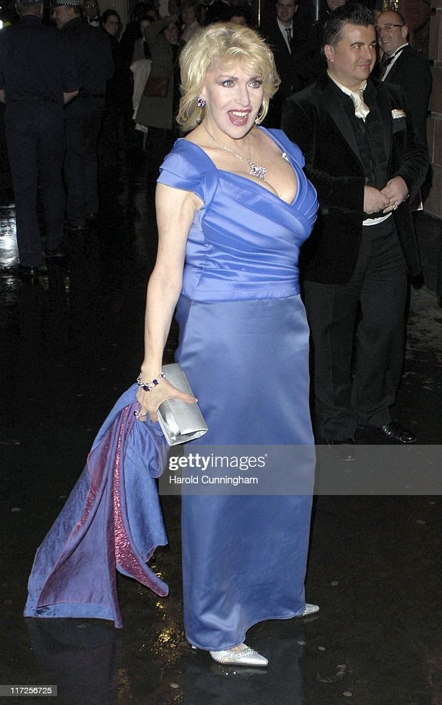 The Royal Variety Performance - Outside Arrivals : News Photo
