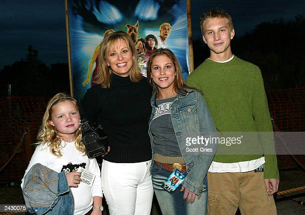Faith Daniels with her kids at the ScoobyDoo DVD Launch Event 'Escape From Spooky Island' on Roosevelt Island in New York City 10/9/02 Photo by Scott...