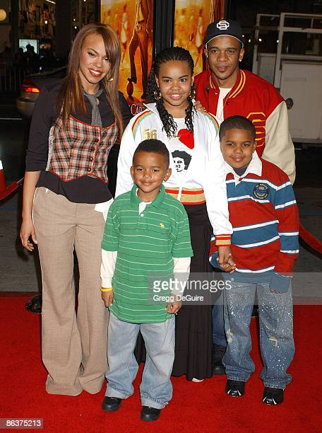 Faith Evans, husband Todd Russaw and children Joshua, Chyna and Christopher