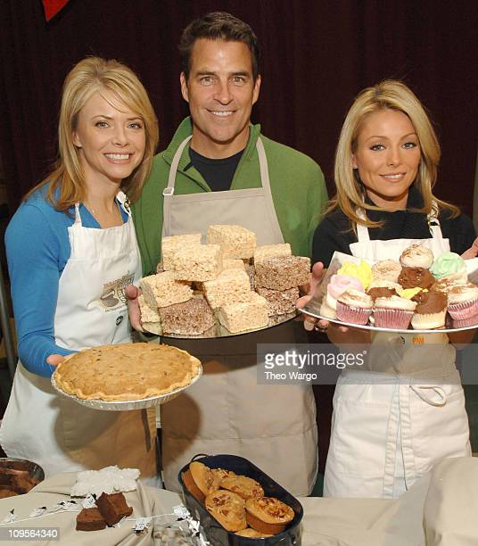 Faith Ford Ted McGinley and Kelly Ripa during The Cast of 'Hope Faith' Host The Great American Bake Sale Presented by Parade Magazine and Share Our...