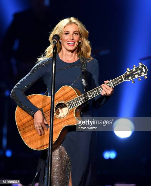 Faith Hill performs onstage during the Soul2Soul World Tour at Staples Center on July 14 2017 in Los Angeles California