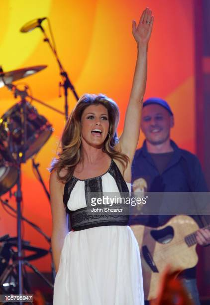 """Faith Hill performs """"The Lucky One"""" during 2006 CMT Music Awards - Show at Curb Event Center at Belmont University in Nashville, Tennessee, United..."""