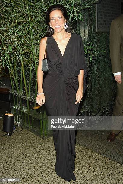 Faith Kates Kogan attends L'OREAL Legends Gala Benefiting The OVARIAN CANCER RESEARCH FUND at The American Museum of Natural History on November 8...