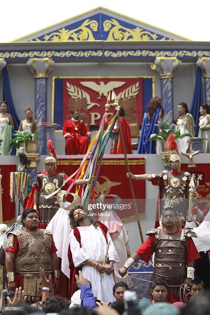 Passion of Christ Iztapalapa : News Photo