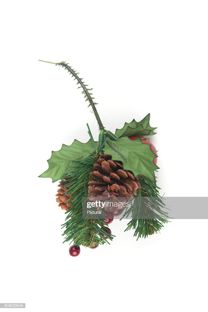 Fake Spruce cones on a spruce branch, Christmas decorations. : Foto stock