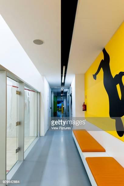 PL Architekci 2012 Ground floor corridor