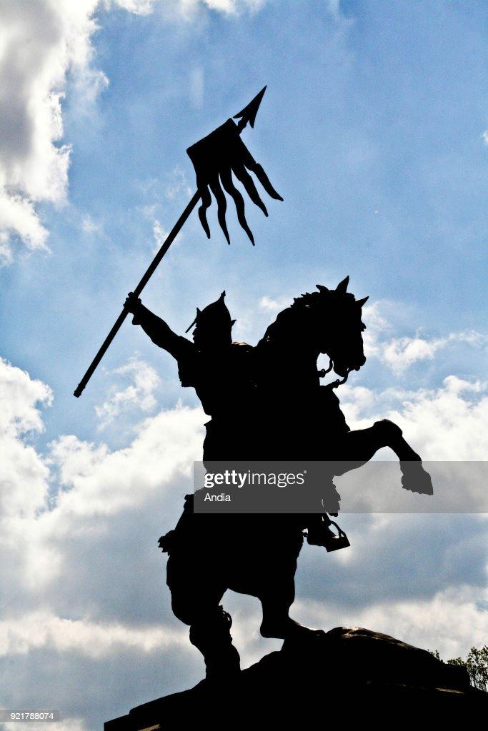 statue of William the Conqueror.