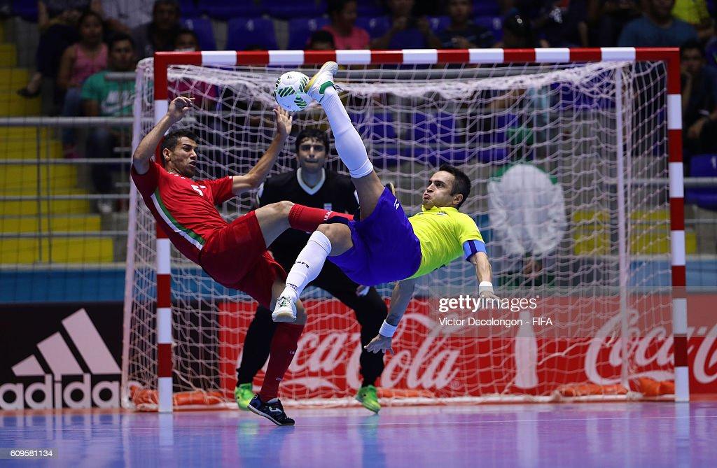 Brazil v Iran: Round of 16 - FIFA Futsal World Cup Colombia 2016 : News Photo