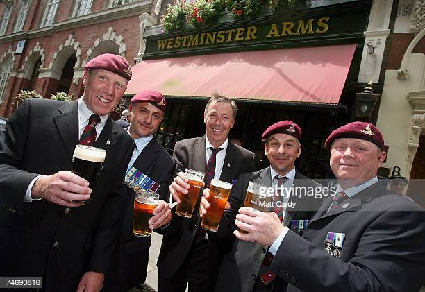 Falklands veterans from 4th Regiment Artillery Donald Campbell Mark Woodhouse Stephen Walsh Howard Foster and Alan Bell enjoy a pint outside a pub on...