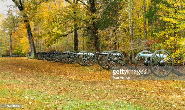 fall colors at shiloh battleground – duncan's field - battlefield stock pictures, royalty-free photos & images