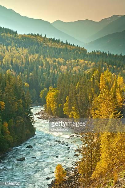 Herbst Farben entlang des Fraser River