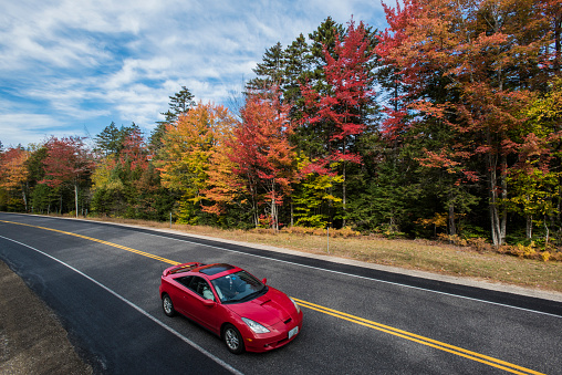 Fall foliage along the Kancamagus Highway in New Hampshire - gettyimageskorea